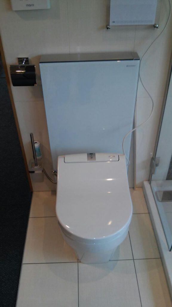 Foto_Installatie_douchewc_maro_DI600_Japanse_toilet (2)